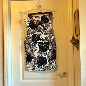 White House Black Market strapless dress NWOT